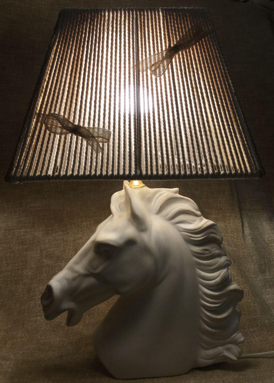Testa di cavallo bianca invecchiata h45x37