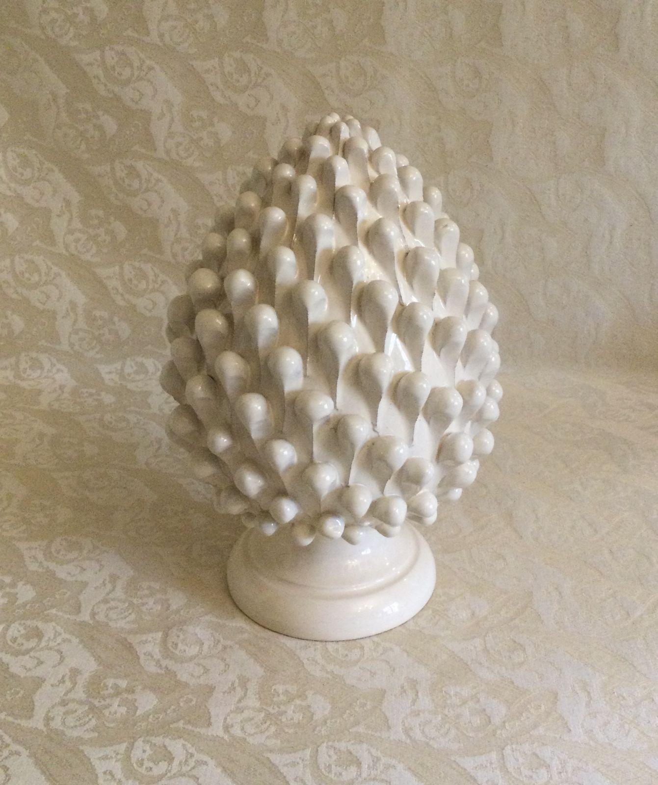 White Pine cone h27