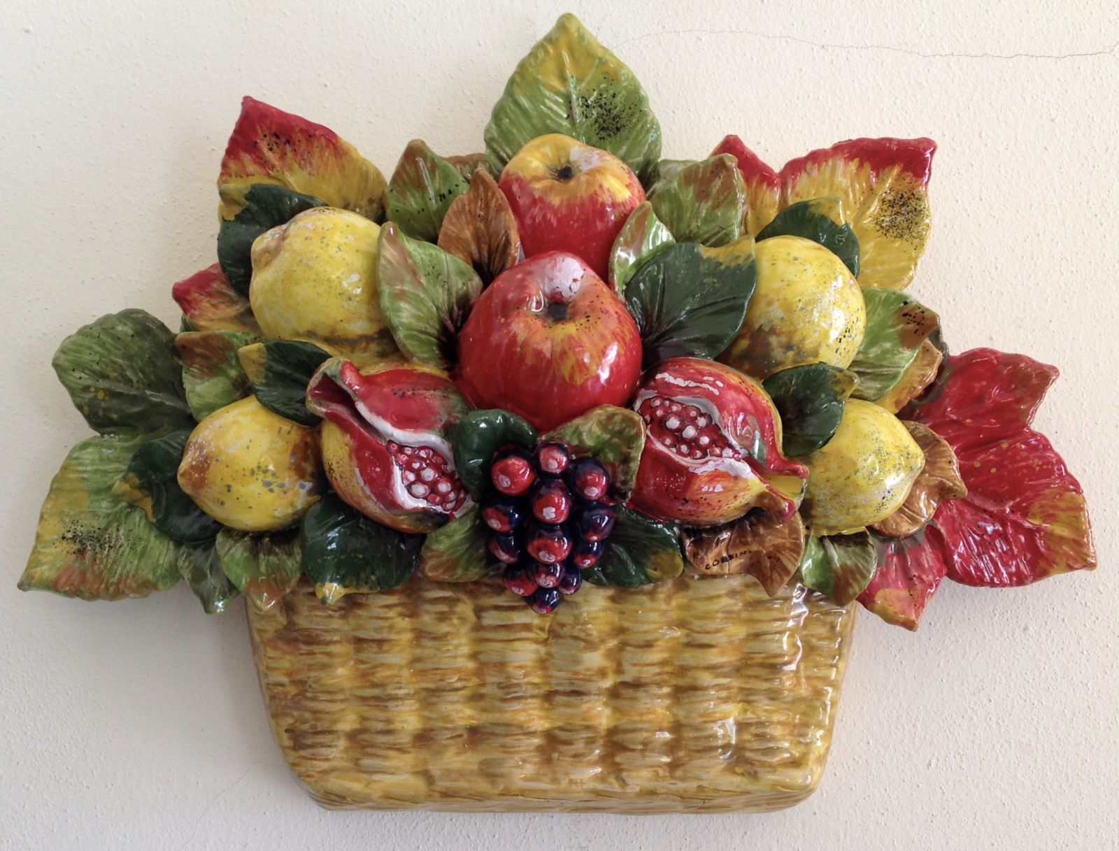Cesto da muro impagliato con frutta mista  cm 47x33